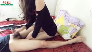 爱妍小仙女-碎花黑裙肉丝2美腿诱人